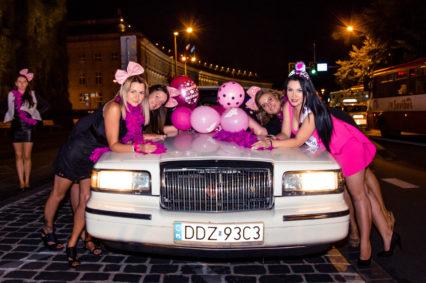 Piękne dziewczyny, napompowane balony i luksowa limuzyna to początek niesamowitej przygody podczas wieczoru panieńskiego we Wrocławiu