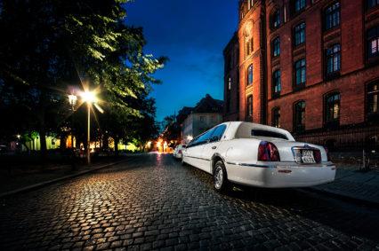 Wieczór na Ostrowie Tumskim we Wrocławiu w naszej limuzynie